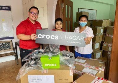 crocs x HAGAR